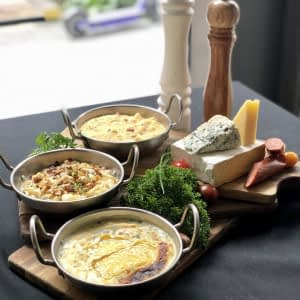 Trio of Macaroni and Cheeses